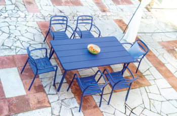 basel-table-blue-2